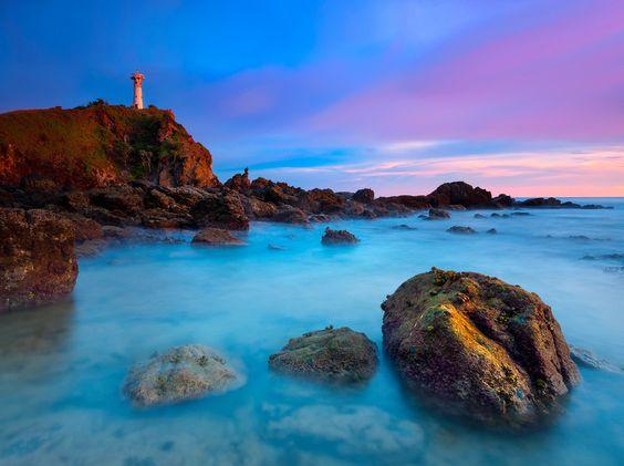 Light House by Ratnakorn Piyasirisorost on 500px