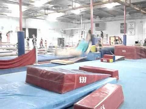 hurdle/vault drill.wmv - YouTube