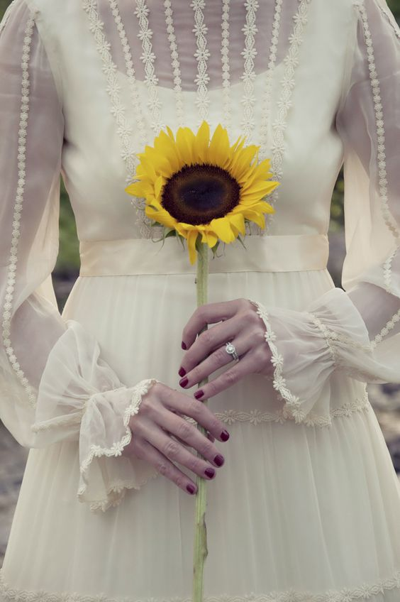 Vintage Long Sleeve Wedding Dress 275x413 Wedding Dresses with Sleeves