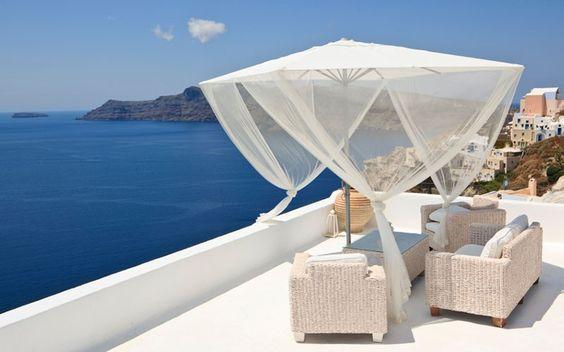 Klamboe over je parasol om een gezellige zit te maken