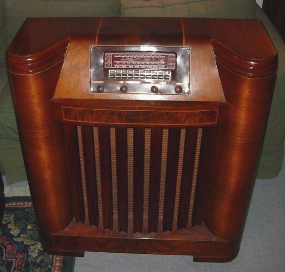Floor Model Kitchen Cabinets For Sale: Philco Model 42-395 Floor Standing Radio (1942)