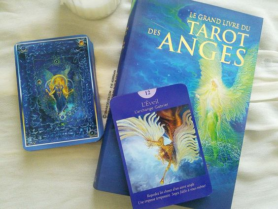 Review Le Grand Livre du Tarot des Anges de Doreen Virtue : REVIEW et…
