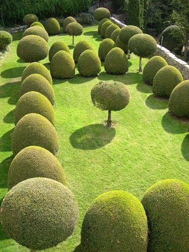 Lenotre garden in Gourdon - France: