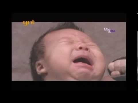 A linguagem corporal dos recém-nascidos: como interpretar seus sinais - Abraço de Mãe