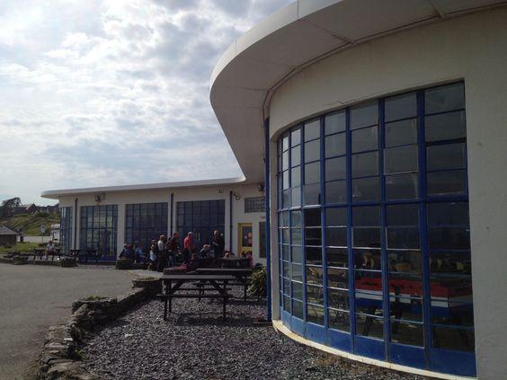 Clough Williams Ellis Modernist Cafe Building