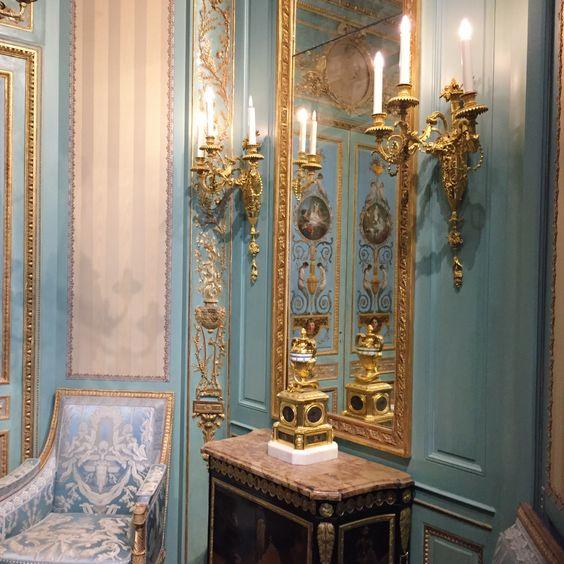 Departement Des Arts Decoratifs Musee De Louvre Noel Au Chateau Objet Decoration Musee Du Louvre