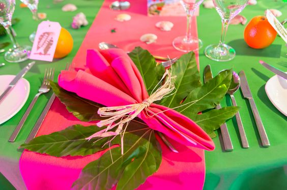 Caribbean Tropical Beach Party table settings