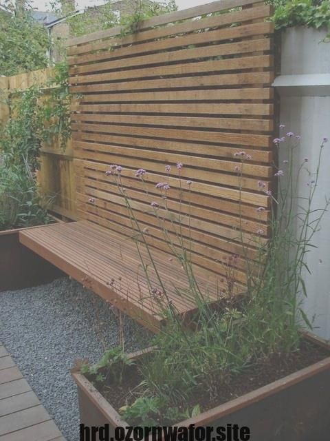Best Free Decked Garden Popular As A Touch Short By The Due Date Due To Your Hectic Schedule There Is Backyard Fences Diy Garden Trellis Garden Fence Panels