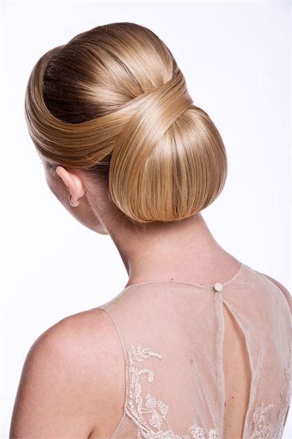 penteados para madrinha coque simples