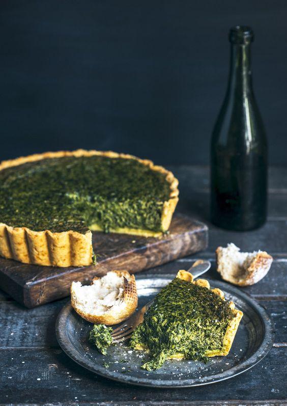 Von der Küche: Tief, dunkel Spinat, Feta und Ricotta-Torte