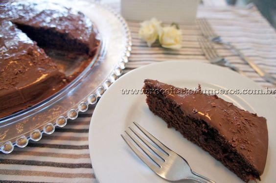 Bolo Fácil de Chocolate | Receitas e Temperos