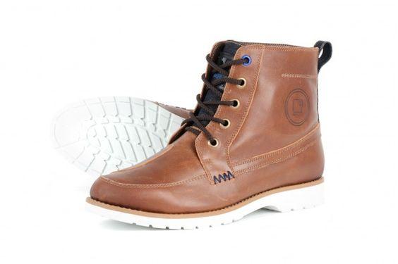 Overlap Boots 11