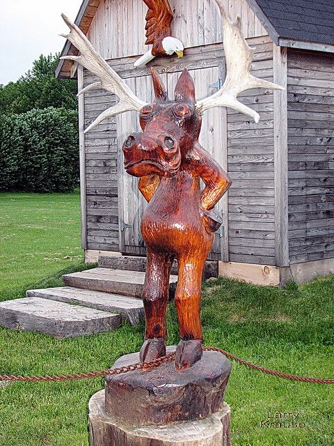 Moose chainsaw carving pinterest