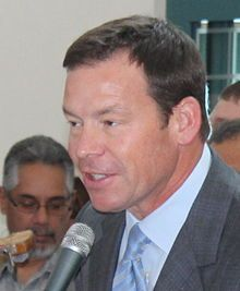 Jim Mora in El Paso (cropped).jpg