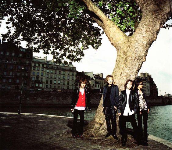 木の下L'Arc〜en〜Ciel