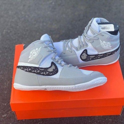 Nike wrestling shoes