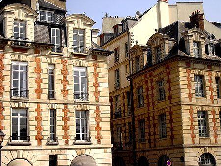 Place Dauphine - Ile de la Cité