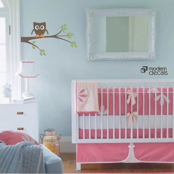 Dreaming up an owl room for baby girl...