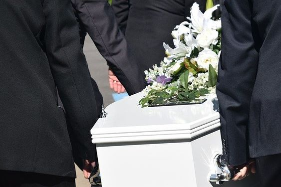 Below Is A List Of The Top And Leading Funeral Homes In Los Angeles To Help You Find The Best Funeral Homes Loc In 2020 Funeral Services Funeral Director Funeral Home