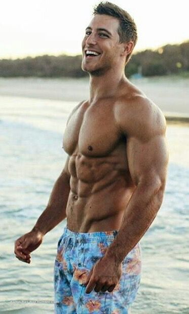 muscly hunks get hard outdoors