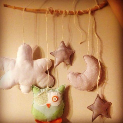 Móvil bebe..búho estrellas nubes