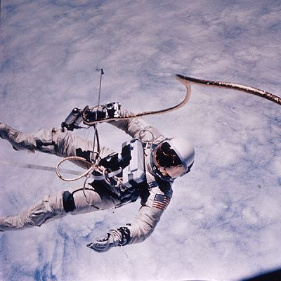 Old Picture of the Day: Space Walk Perhaps an interesting writing prompt.