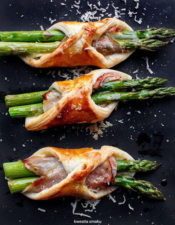 massa folhada com espargos, presunto e parmesão, uma receita fácil e irresistível só com 5 ingredientes - casal mistério