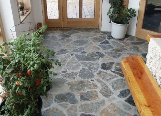 Linoleum flooring rock look but where the stone would be for Kitchen lino flooring ideas