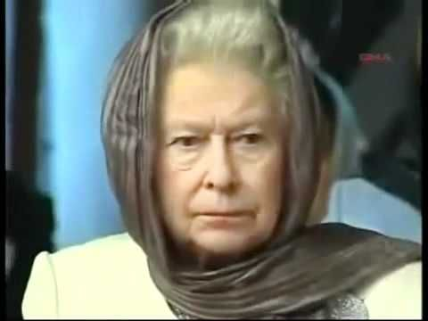 La reine Elizabeth II écoute une récitation du coran _ A voir !