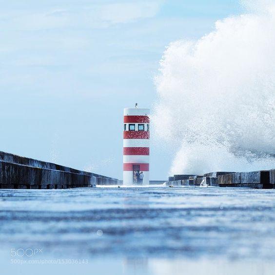 SKY HIGH WAVES by AndreasRaunArneberg