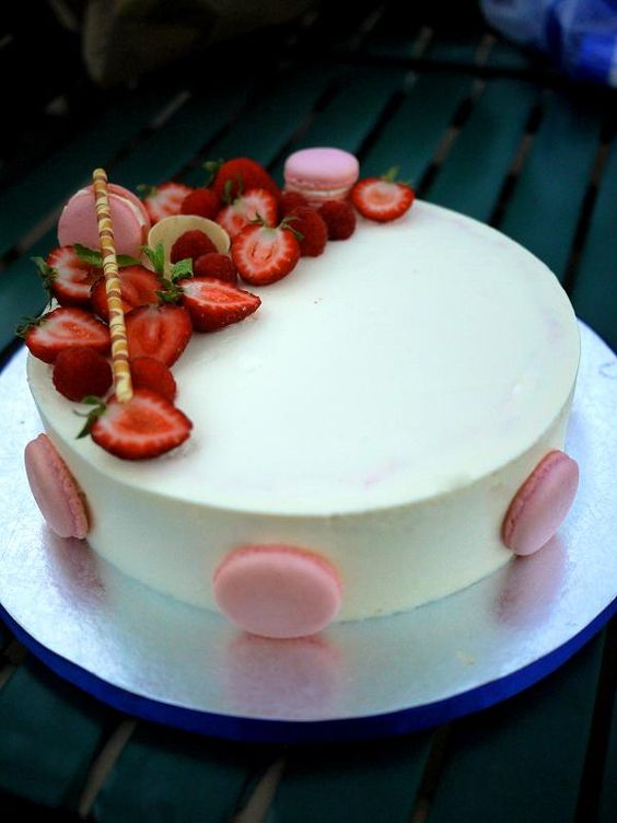 Gourmet Baking: A Pool Party for Joan's Birthday and A Strawberry Pistachio Mascarpone Mousse Cake