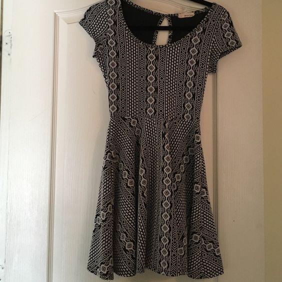 Aztec Mini Dress Black and White Aztec Mini Dress w Back Opening Dresses Mini