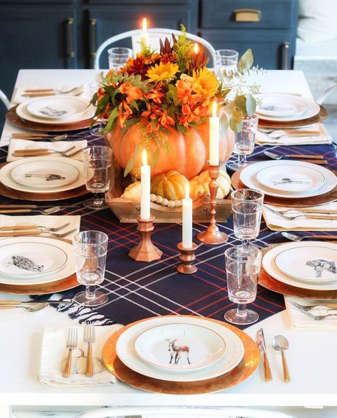 33 Simple Diy Thanksgiving Dinner Table Centerpieces Thanksgiving Dinner Table Dinner Table Centerpieces Dinner Table Setting