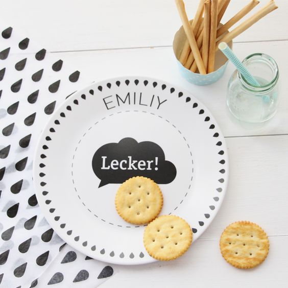 Produkte Melamingeschirr - die kleine Designerei: Sets zum Nähen, Buchstaben und viel schwarz-weiss