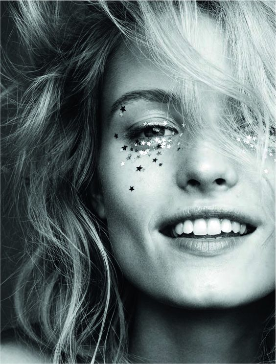 Elle Sweden, January 2016 festival glitter: