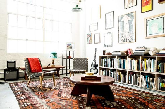 9 Edgy Rooms With Rock-Star Appeal via @MyDomaine #tbt #rockandrolldesign   InteriorCrowd www.interiorcrowd.com