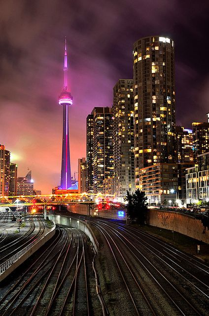 Cn Tower Toronto Canada Places Spaces Iii Pinterest Beautiful Ontario And Toronto