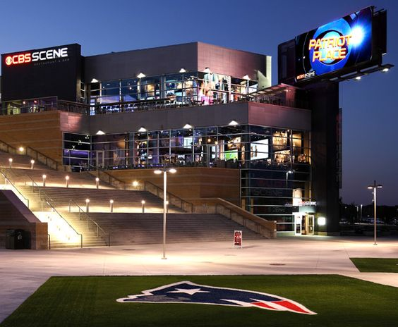 Patriot Place CBS Scene.  Fun before the game (and warm!!)