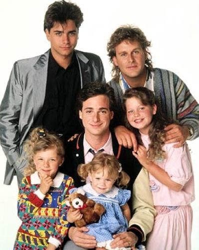 John Stamos (uncle Jesse), Dave Coulier(joey), Candace Cameron(D.J), Bob Saget( danny), Jodie Sweetin(stephanie), and Mary-kate/Ashley Olsen(Michelle)