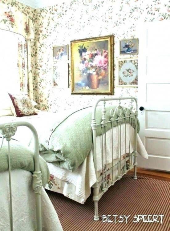Decorating Ideas For Small Cottage Bedrooms Cottage Style Bedrooms Country Cottage Bedroom Bedroom Vintage