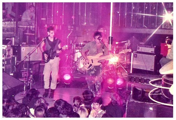 SODA STEREO: Discoteca Star Light. (Original recortada, solo la banda) Buenos…