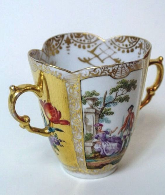 HELENA WOLFSSON CUP AND SAUCER : Lot 18