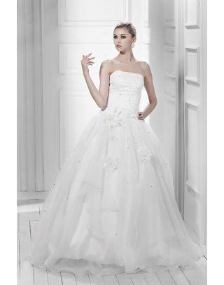 Robe de mariée princesse à Ligne-A sans bretelle au ras du sol avec appliques