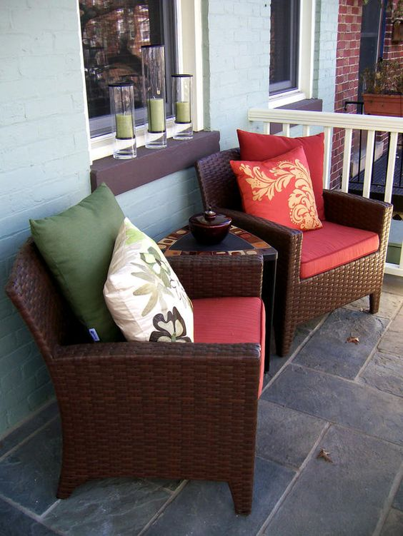Mix and Match Outdoor Accent Pillows : Outdoors : Home & Garden Television
