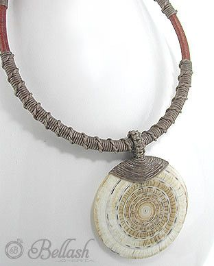 41705117 Collar de Madera, Concha, Piel, Algodon, (En oferta)