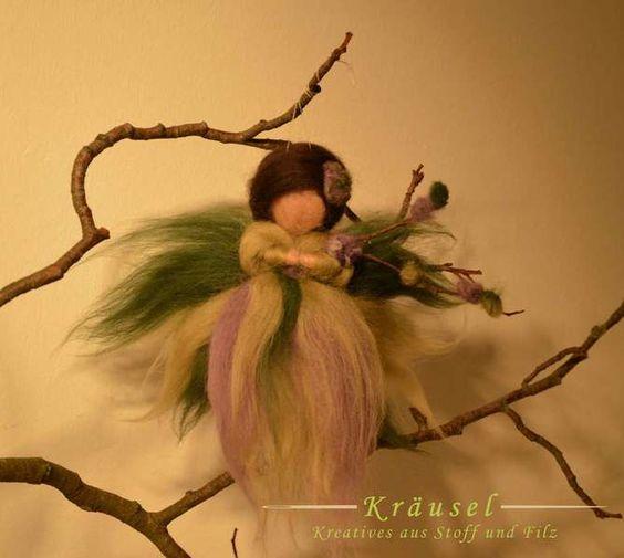 Elfe * Engel * Fee aus Märchenwolle *Lavendel* von Kräusel auf DaWanda.com