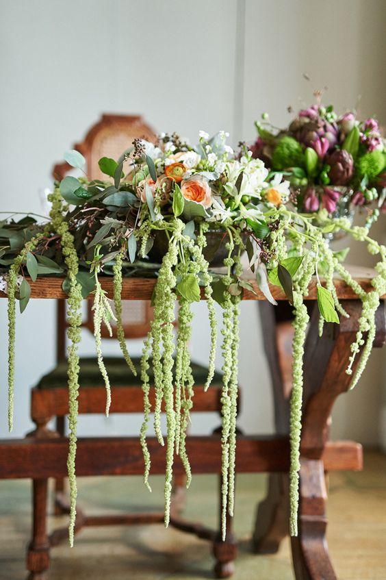 Rustic Vintage Wedding :: Table Florals