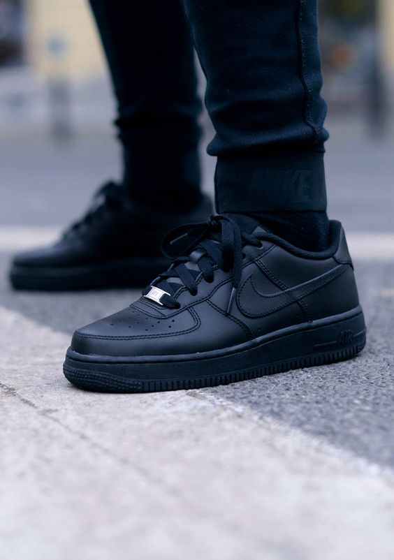 all black nike air force 1 style pinterest all black. Black Bedroom Furniture Sets. Home Design Ideas