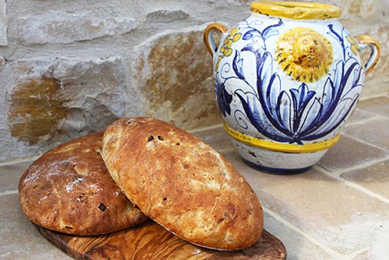 Caramelized Onion & Cheese Bread