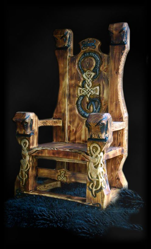 ☆ Very Noble, Massive and heavy Viking throne. The carvings on the Post show elements in the Urnes style. The backrest was with a snake ornament with integrated Thorhammer Runes and decorated. Side post and seat are also carved with runes. Were from the back and front post Rockfish worked out. The fittings are forged with chosen runes decorated :¦: Shop: Nordmannsheim.de ☆